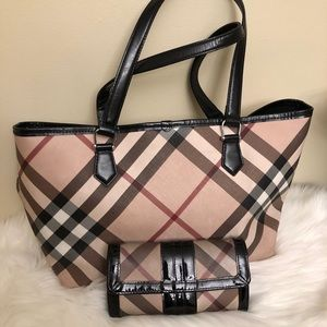 Burberry Tote & wallet